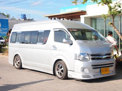 Minivan Shuttle dari Bandara ke Patong