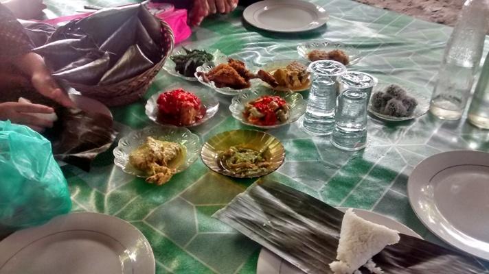 Nasi Sek dan Gulai Kapalo Ikan