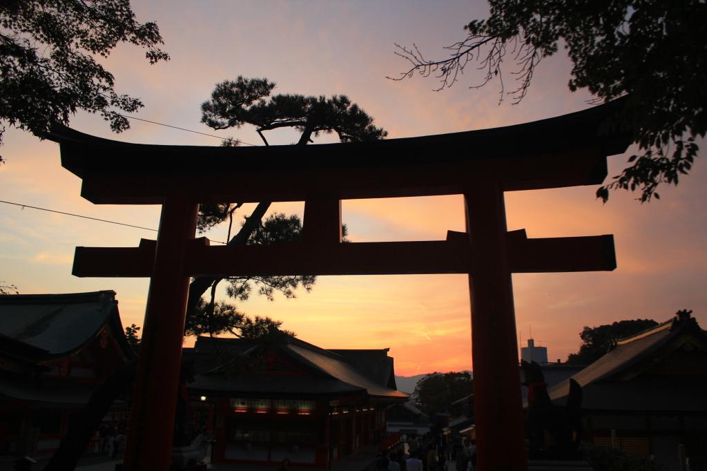 Sunset dari Inari