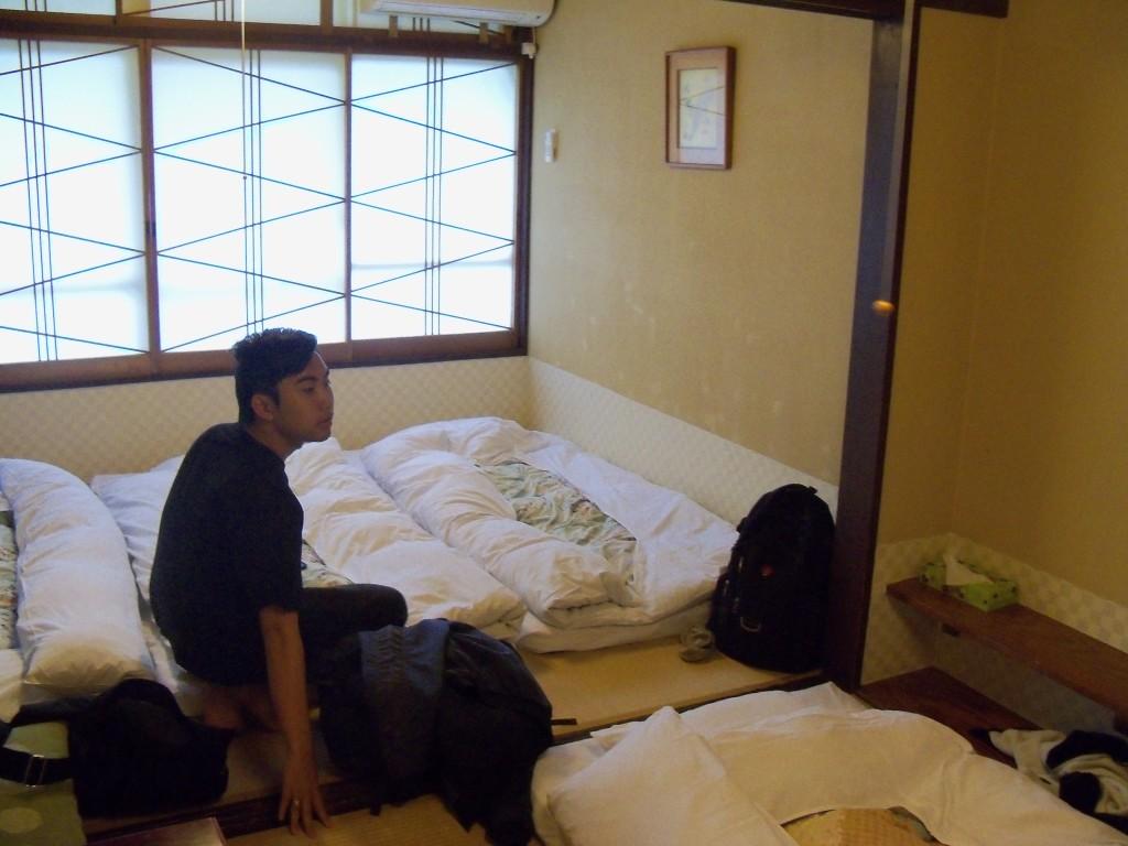 kamar yang tradisional abis
