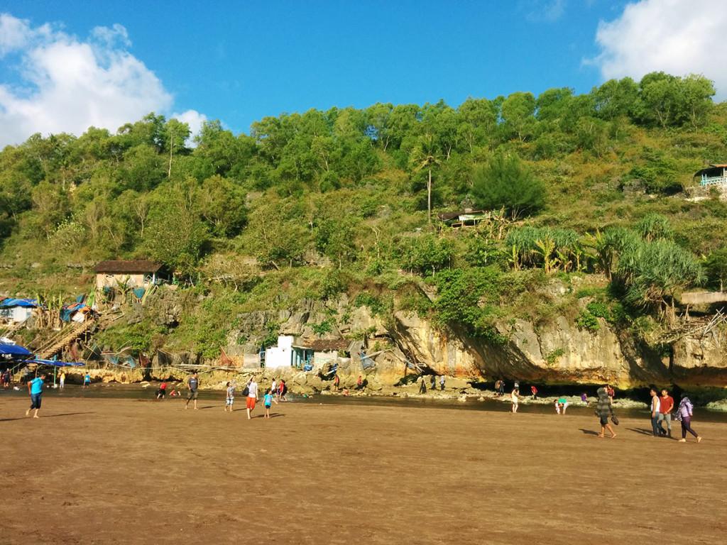 bukit pantai baron