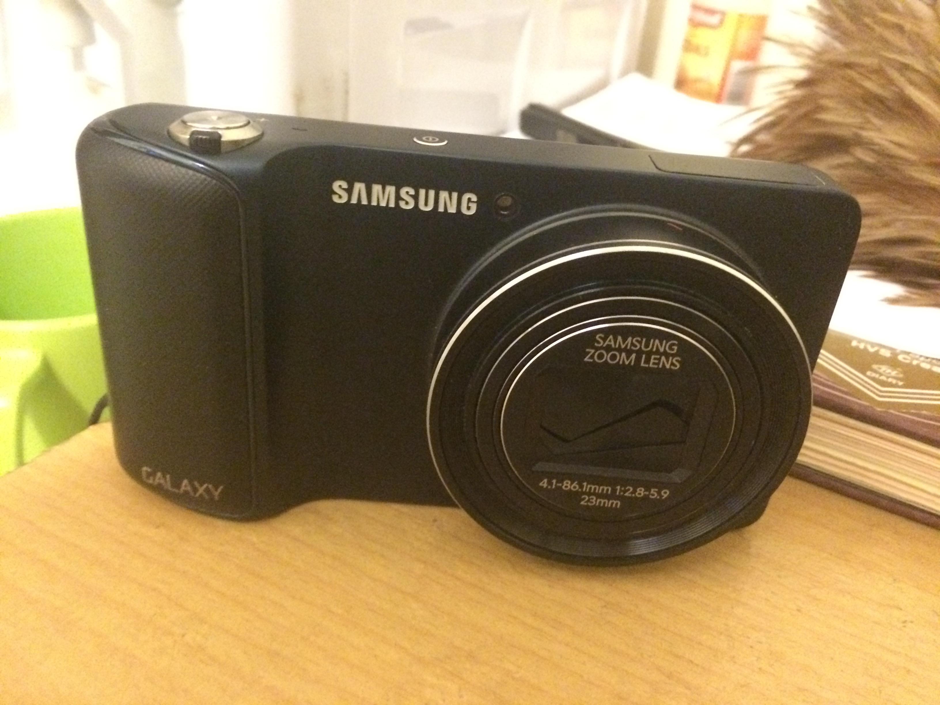 penampakan samsung galaxy camera
