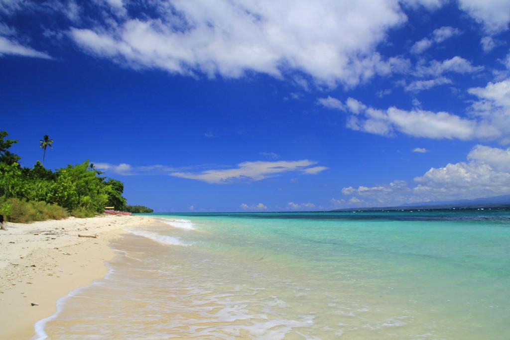 Tempat ini dinamakan Pantai Kao, sama indahnya keyak kau