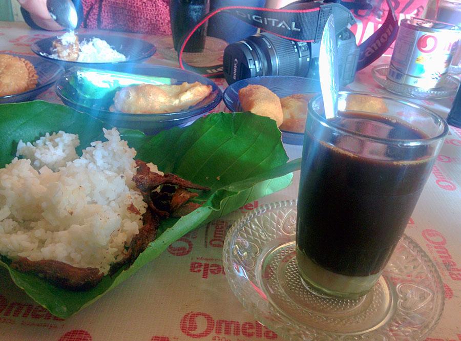 Budaya Ngopi di Manggar sangat kental, seperti kopinya