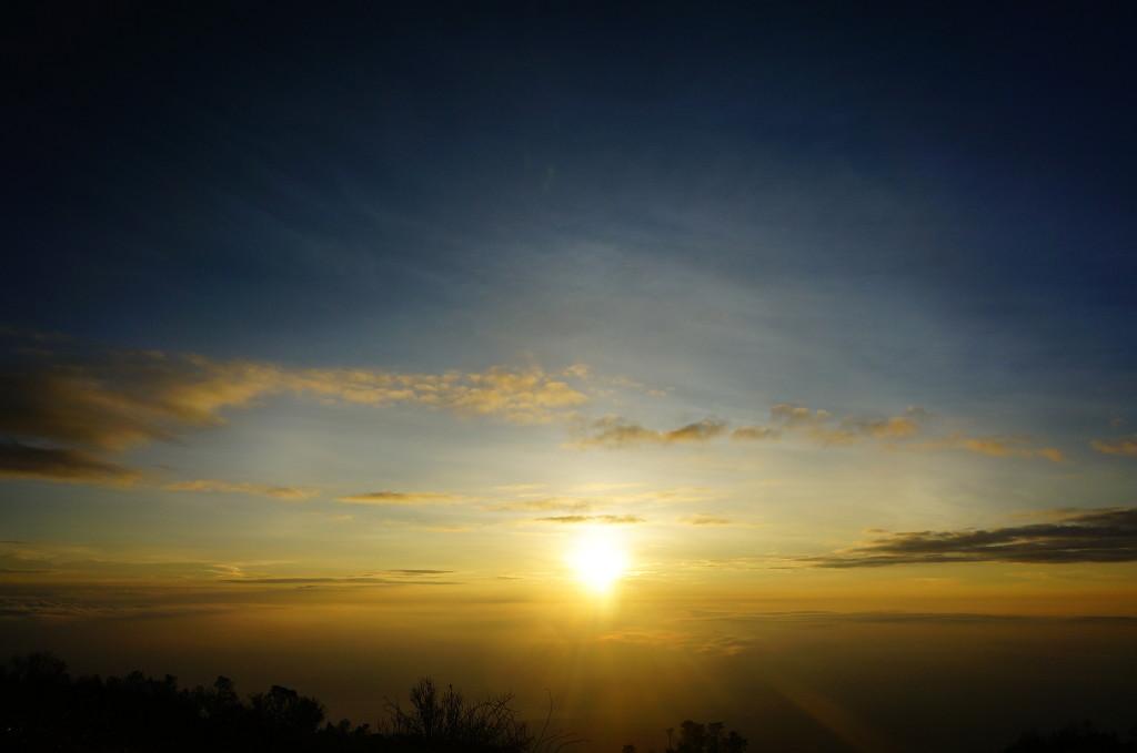 Sunrise di tanah surgawi