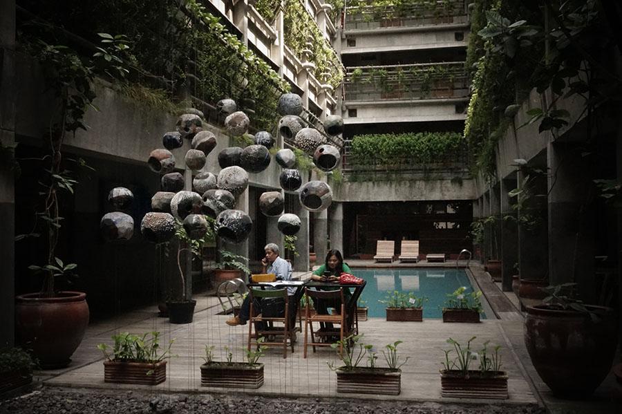 Lobby Greenhost Hotel yang sangat nyeni