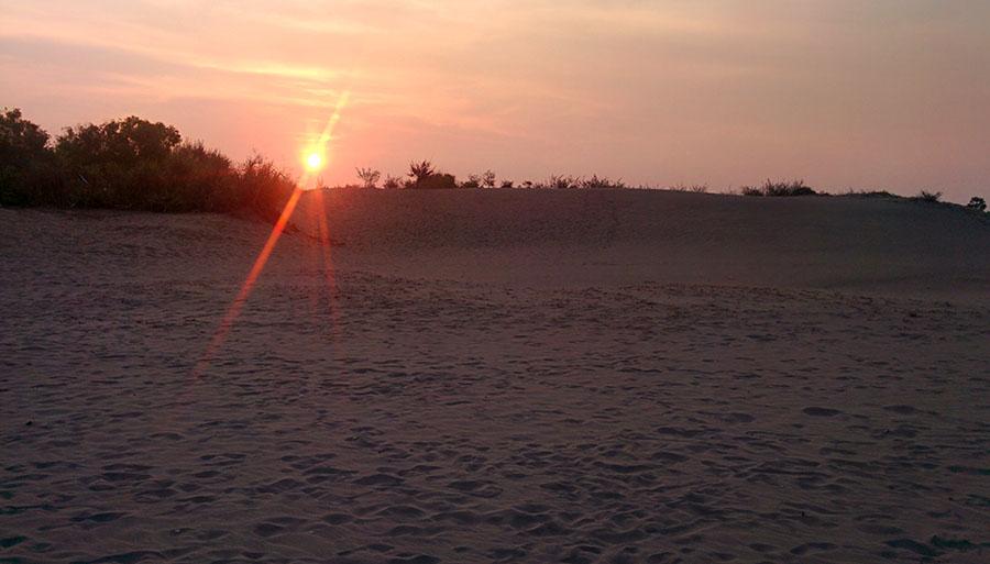 Sunset di gumuk pasir Parangkusumo