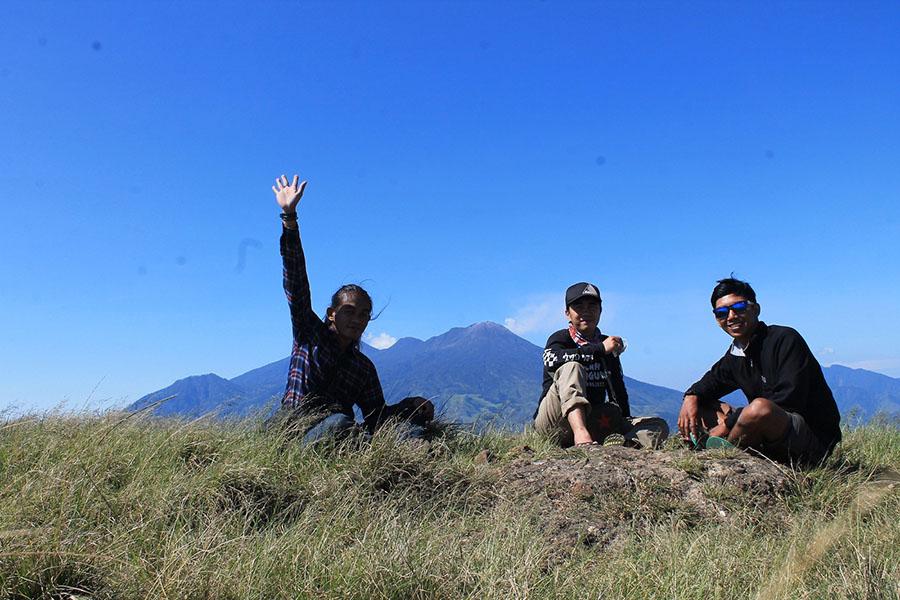 kebersamaan di puncak gunung penanggungan