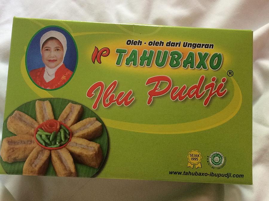 Love me some Ibu Puji, eh ? tahu bakso I meant
